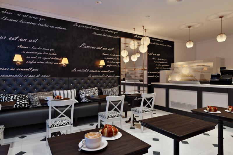 Черно-белый интерьер кафе в Киеве