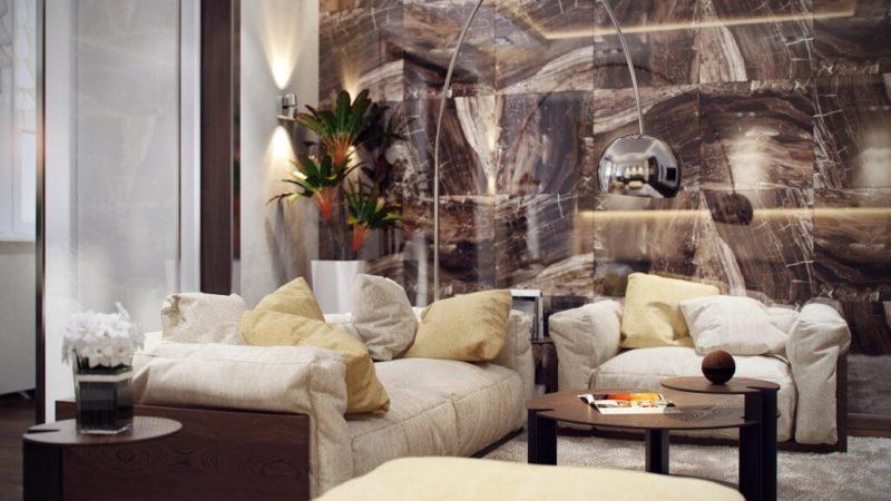 Интерьерные элементы из дерева в гостиной с мраморной декоративной стеной