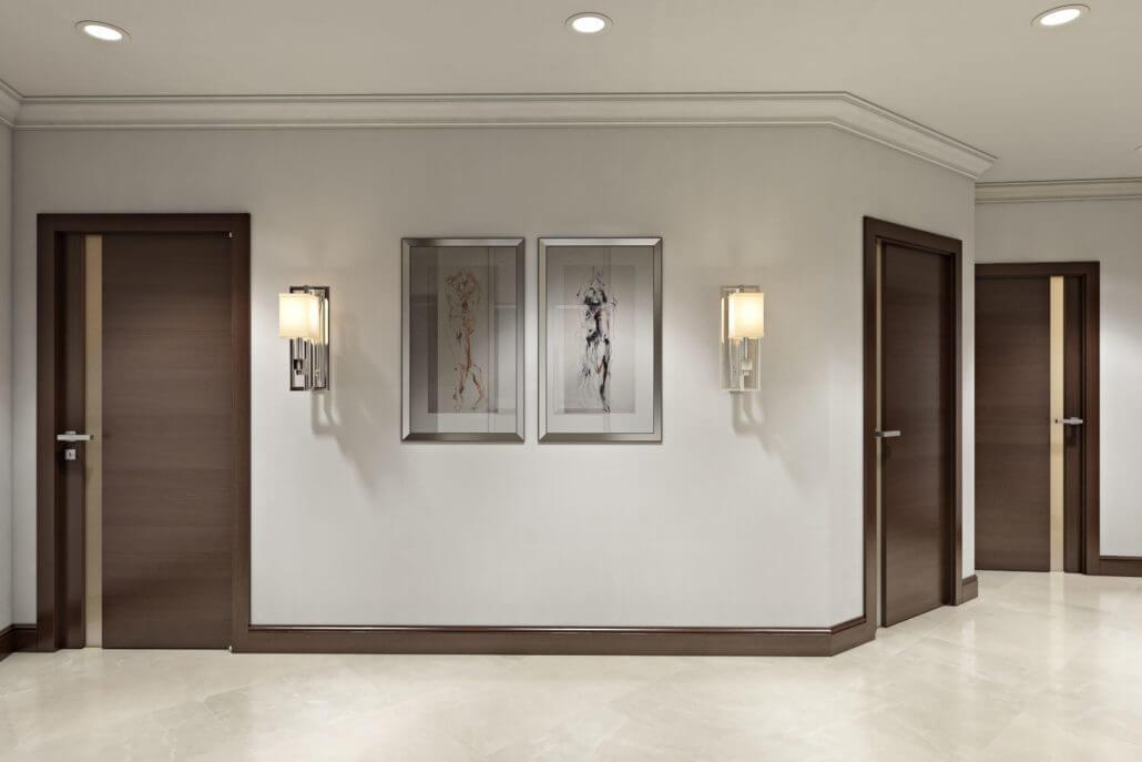 Дизайн коридора со светлым напольным покрытием