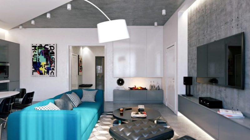 Стильный интерьер гостиной комнаты с яркими акцентами