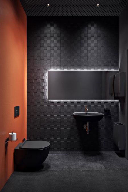 Дизайн ванной с черной сантехникой
